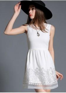 JNS911 dress white